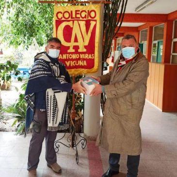 Donan Textos a Biblioteca del CAV sobre Obra de Gabriela Mistral