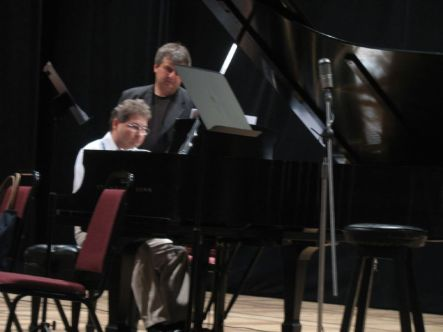 'Der Mond', para piano mwono de Boris Alvarado. Festival Recife, Brasil
