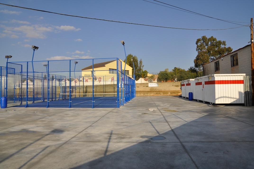 Instalaciones deportivas colegio europa de m laga for Pistas de padel malaga