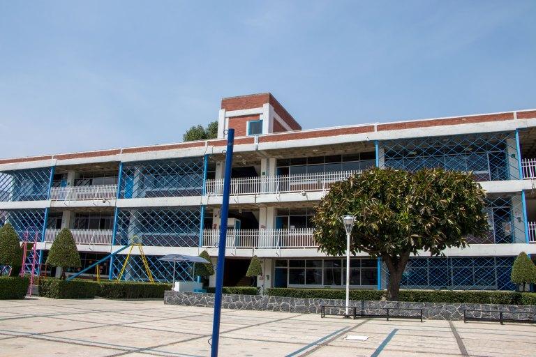 patio_principal_Lestonnac