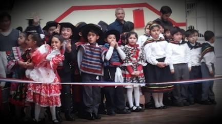 Los niños listos para bailar