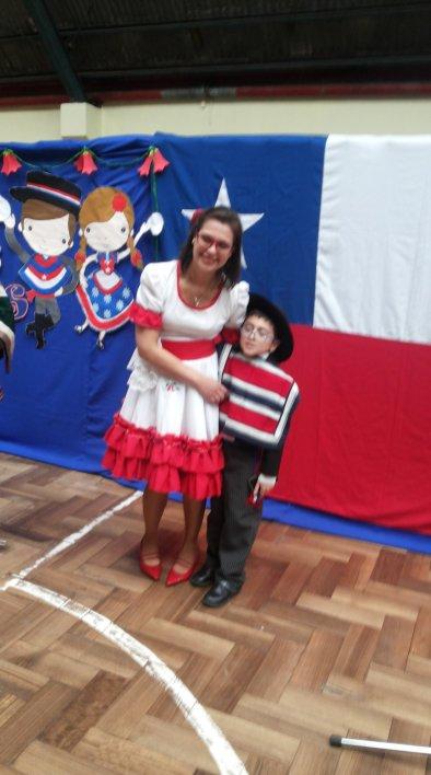 profesora Carolina y su alumno