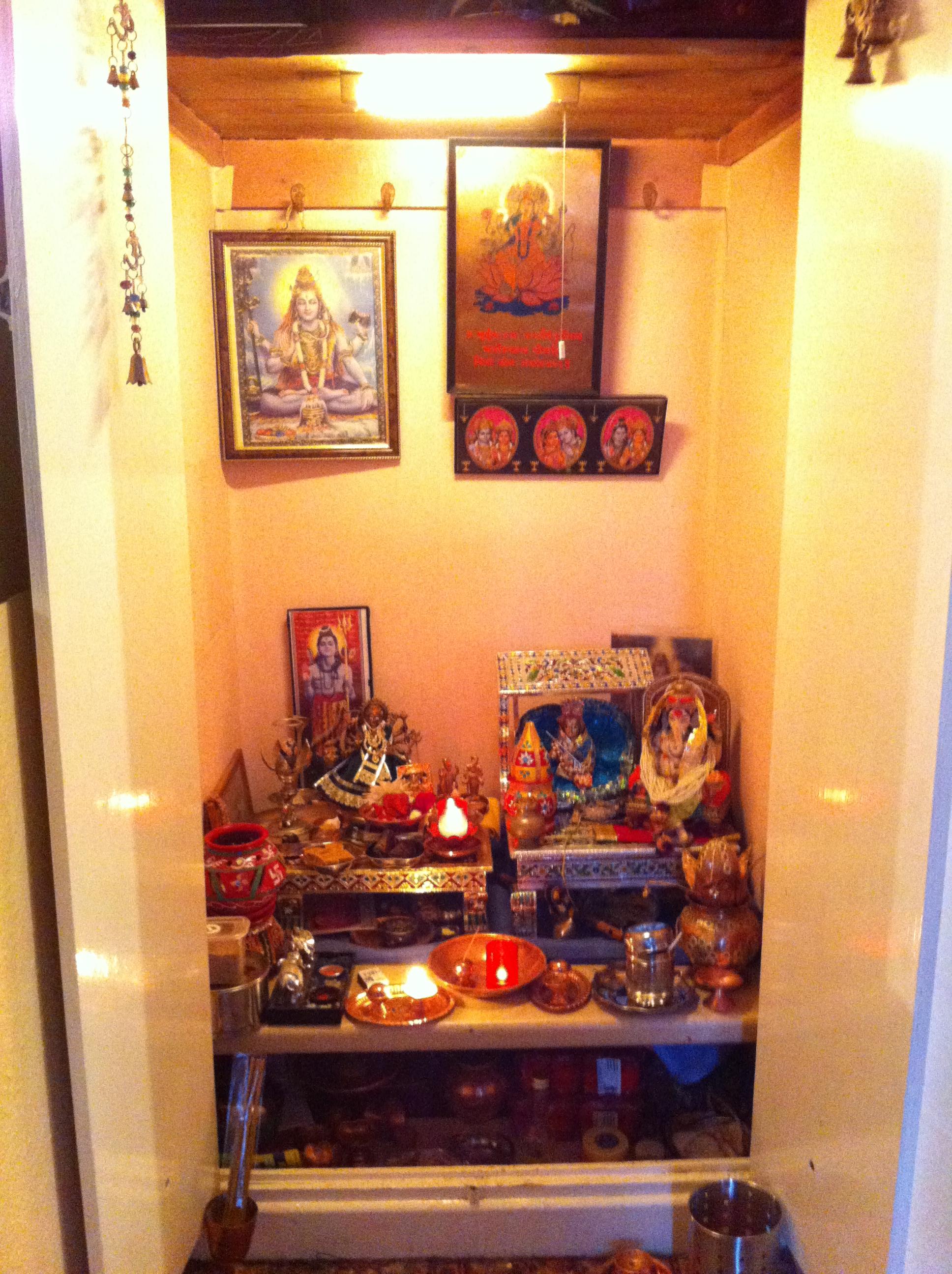 Best Kitchen Gallery: Hindus In Ireland Colettecolfer of Hindu Altar At Home on rachelxblog.com