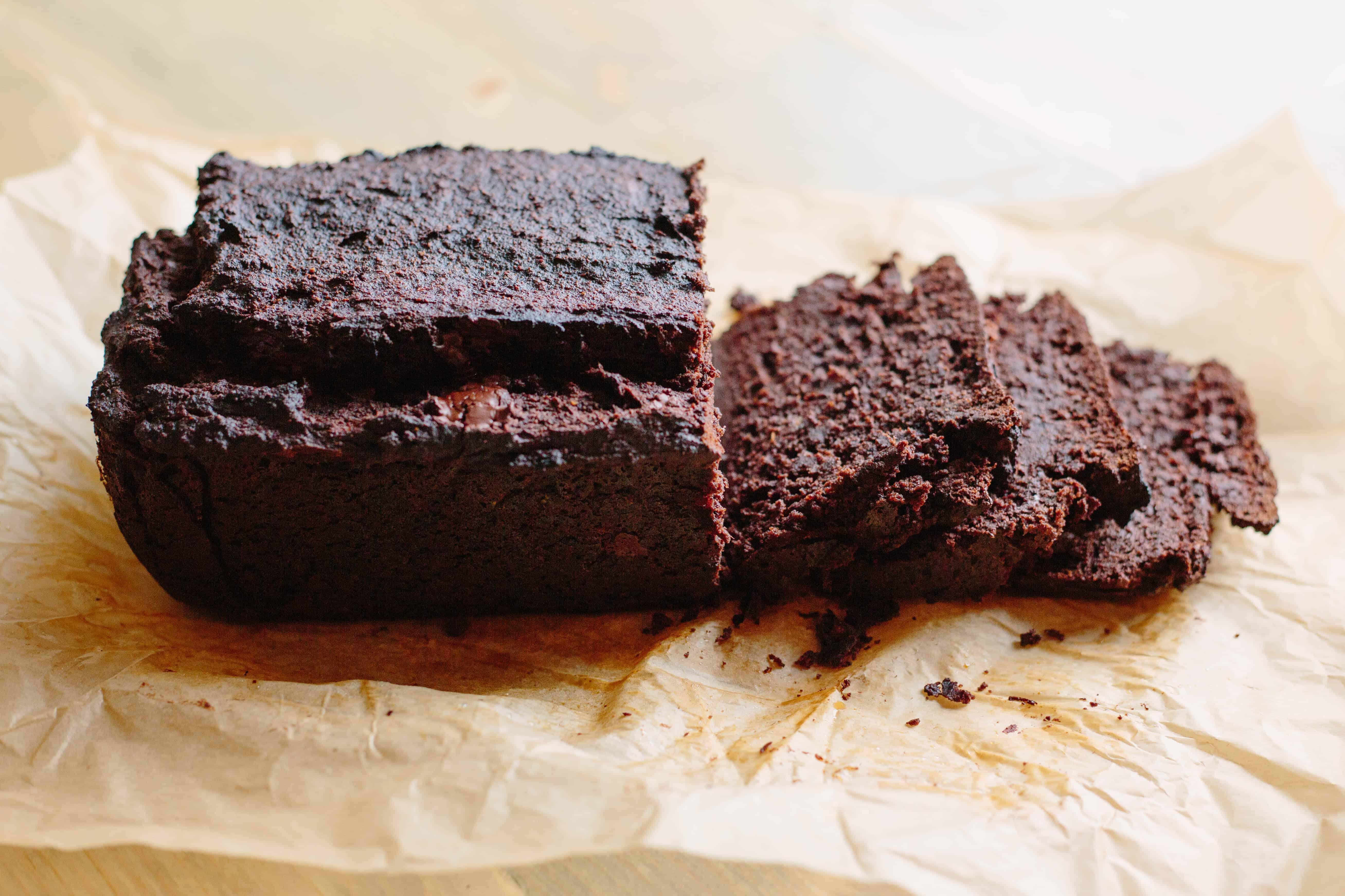 DOUBLE CHOCOLATE PALEO BANANA BREAD | Dairy, Grain, + Refined Sugar Free, but it tastes like chocolate cake! | ColeyCooks.com