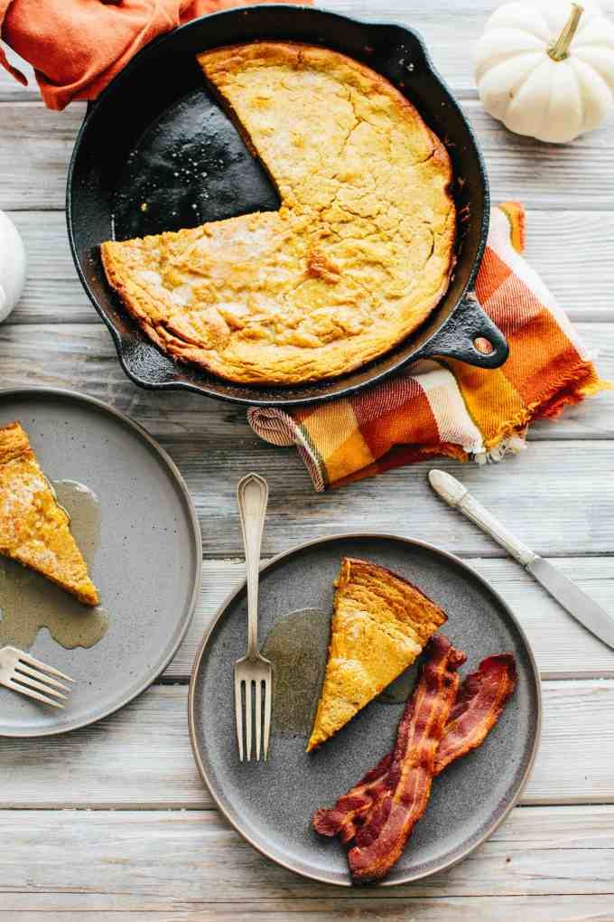 This Oatmeal Pumpkin Dutch Baby is the ultimate fall breakfast! It's incredibly easy, super nutritious and tastes like a warm slice of pumpkin pie. #easy #thanksgiving #fall #pumpkin #breakfast #pancake #recipe | ColeyCooks.com