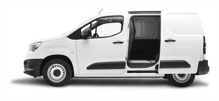 my19-opel-combo-cargo-sl-side-door-open-2-cropped_880x500