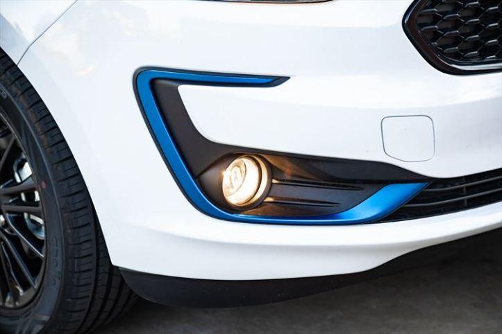 ford-figo-blu-2019-41_880x500