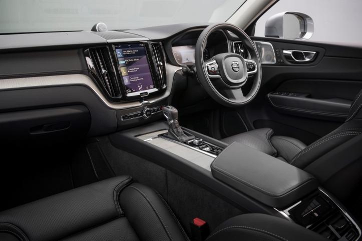 1723178_210643_Volvo_XC60