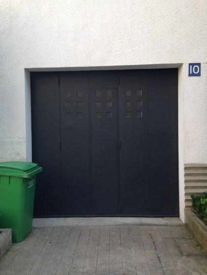 Modernist garage door, Rue Mallet-Stevens