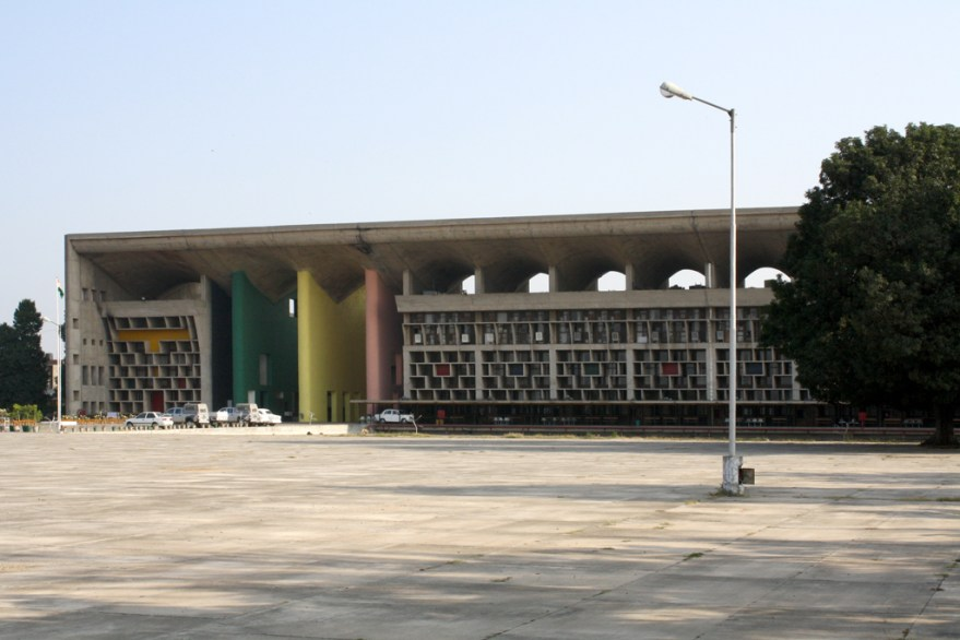 The High Court, Chandigarh (Flickr personne.de.chandigarh)