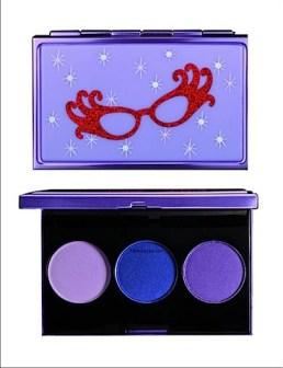 dame_edna_cosmetics.jpg