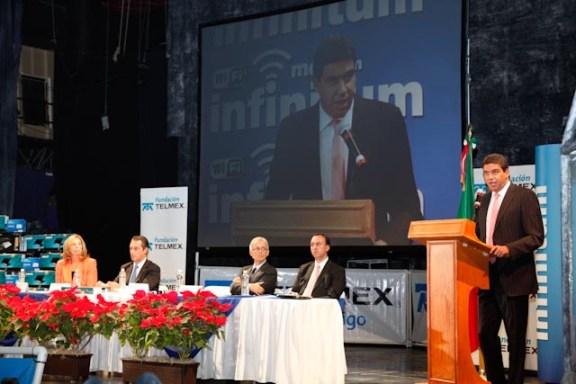 Arturo Elías Ayub, director de Fundación TELMEX.