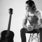 Alejandro Zendejas presenta su primer single, Cielo Infinito