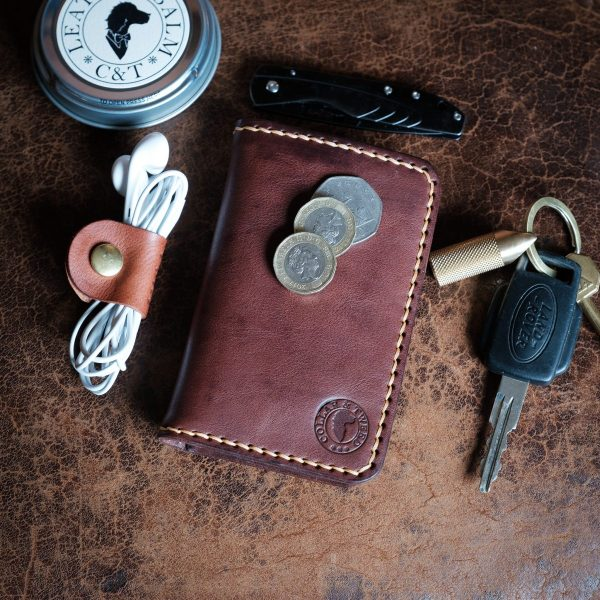 Whinlatter handmade leather wallet in hickory leather with tan stitching