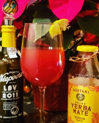 Port Wine with gin and Yerba Mate Passion Fruit Tea make up this delightful South American Gin & Juice punch.
