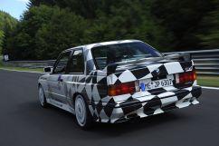 BMW-M3-E30-Ring-Taxi-Baujahr-1987-19-fotoshowImageNew-6f31d7d0-272608