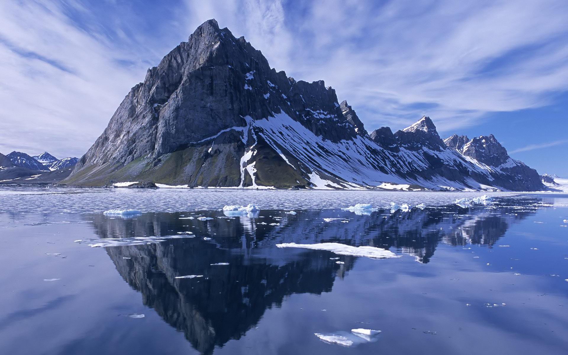 Hailstone Mountain (The Erling Skjalgsson Saga) by Lars Walker