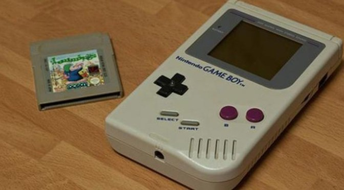 Nintendo patenta una funda de Game Boy para dispositivos móviles