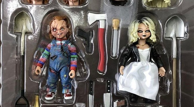 Packaging and set of the Ultimate Chucky & Tiffany by Neca, in time for Christmas