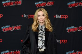 """NEW YORK, NEW YORK - OCTOBER 03: Jodie Comer attends New York Comic Con in support of """"Free Guy"""" at The Jacob K. Javits Convention Center on October 03, 2019 in New York City. (Photo by Ilya S. Savenok/Getty Images for Twentieth Century Fox )"""