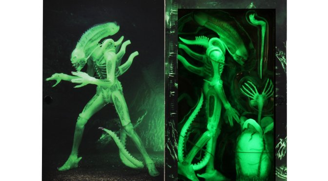 Alien – 7″ Scale Action Figure – Ultimate Big Chap (Glow in the Dark) (SDCC 2020)