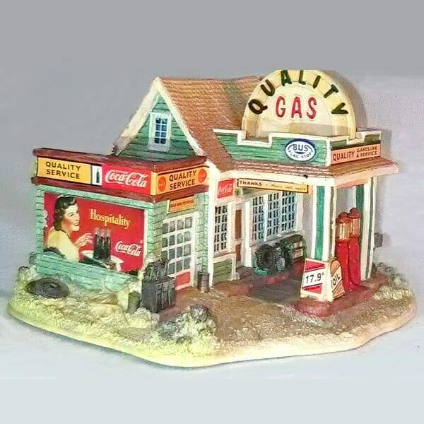 Lilliput Lane Coca-Cola Gas Station front side view 2