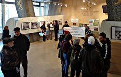 Intervention des militants dans le hall où se tient l'expo KKL FNJ