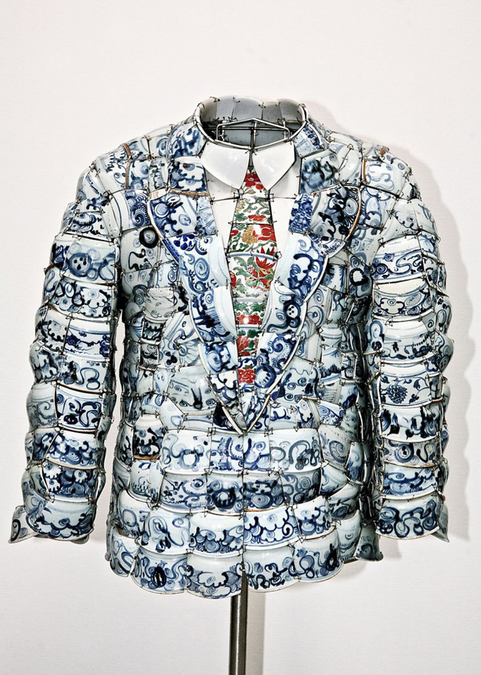 LI-Xiaofeng-Clothes-2008-Ming-Periods-Shards