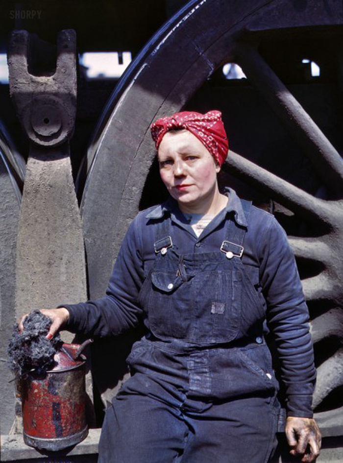 Mrs. Marcella -1943, Clinton, Iowa, Courtesy of Shorpy