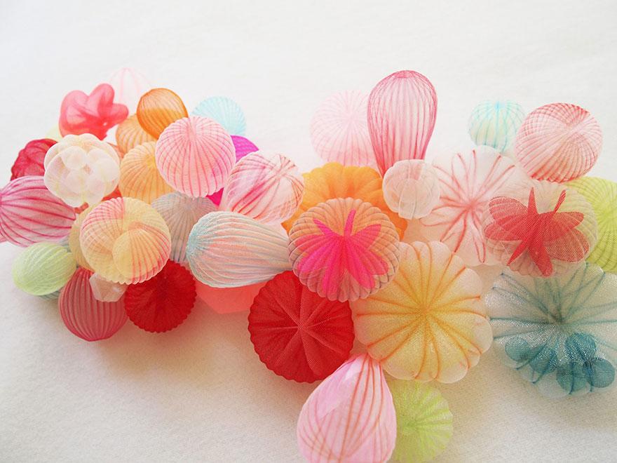 translucent-fabric-jewerly-japan-sculptures-mariko-kusumoto-18