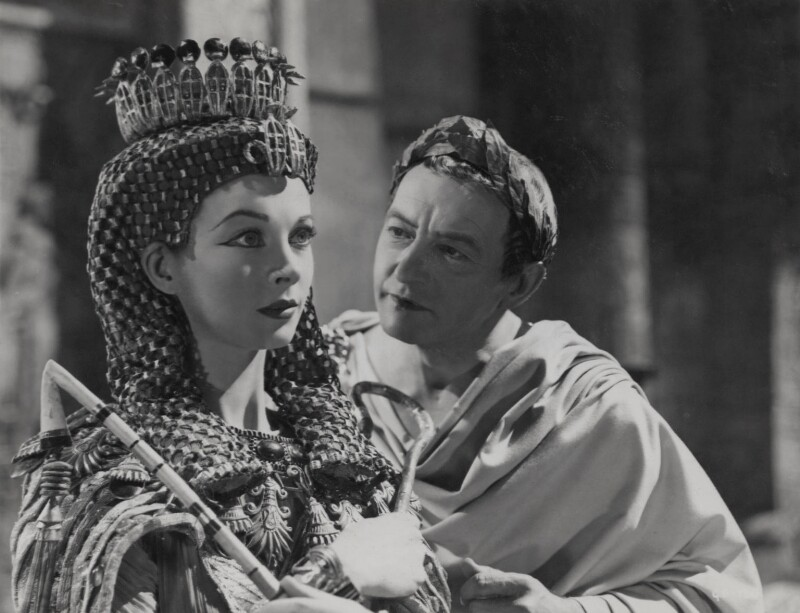NPG x137980; Vivien Leigh as Cleopatra and Claude Rains as Julius Caesar in 'Caesar and Cleopatra' - Portrait - National Portrait Gallery