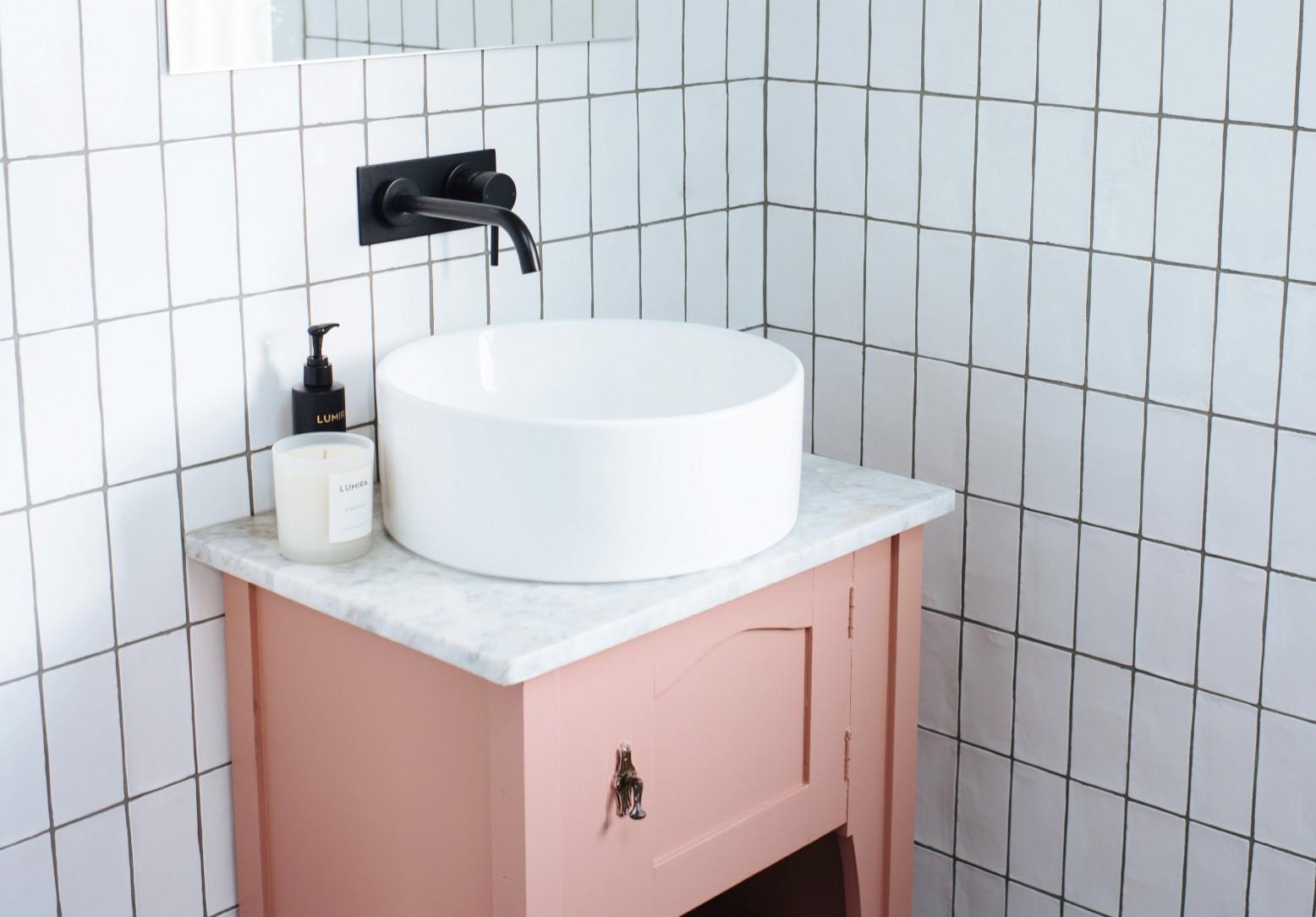 how to diy a vintage bathroom vanity