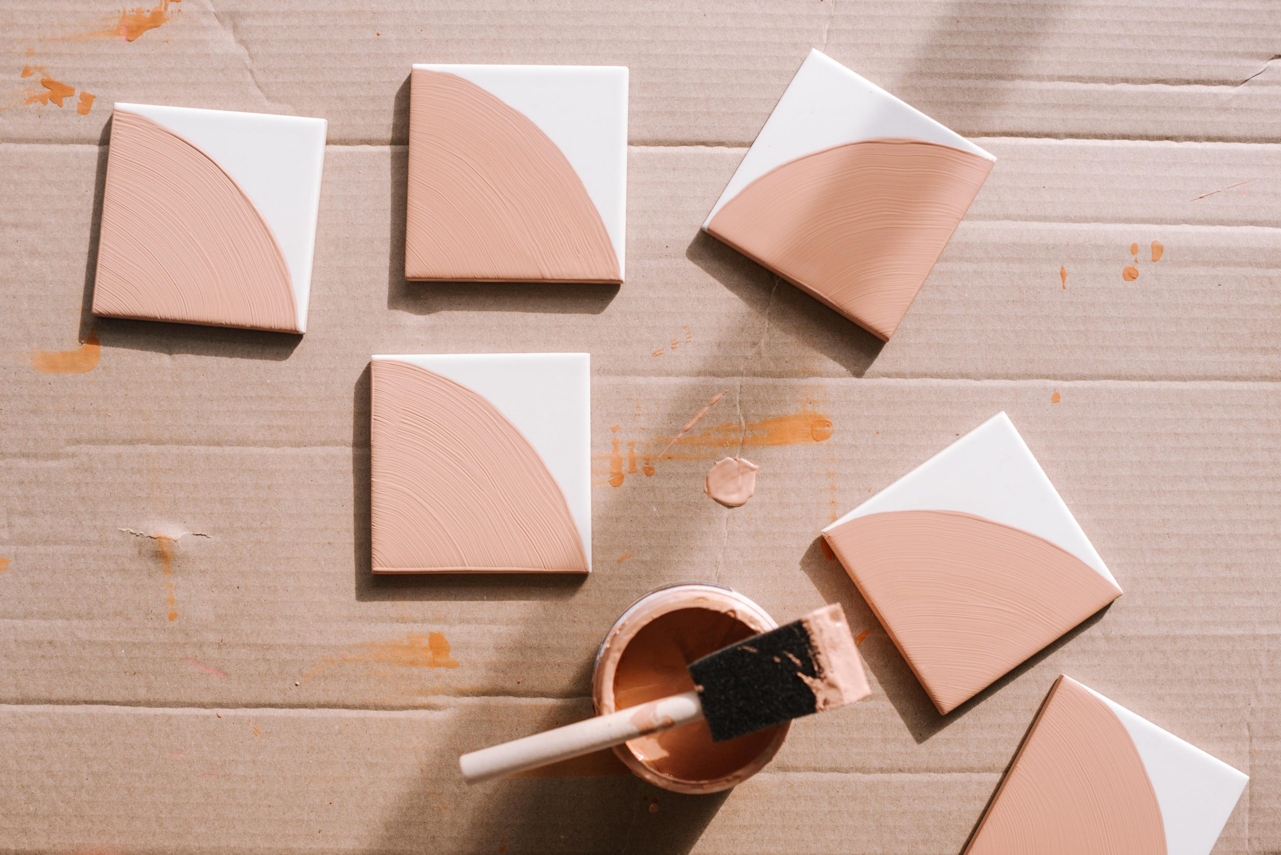 how to paint patterned tiles by hand