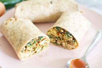 spicy egg breakfast buritto