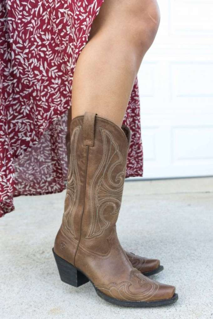 Ariat Women's Round Up Wing Tip Western Boots