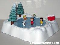 Peanuts Gang Skating Pond Christmas playset