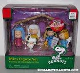 Peanuts Gang Christmas Nativity Playset