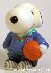 Snoopy with basketball Bank