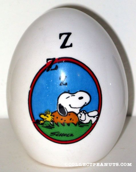 Snoopy & Woodstock sleeping on rock Egg Figurine