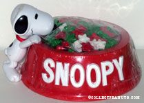 Snoopy with red dogdish & candy stars Candy Container