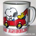 Snoopy & Woodstock driving Red VW Beatle 'Los Angeles' Mug