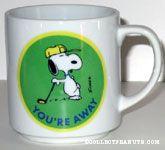 Snoopy leaning on golf club