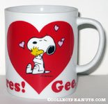 Snoopy hugging Woodstock 'Gee, Somebody cares!' Mug