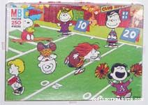Peanuts playing Football Puzzle