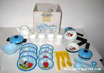 Charlie Brown & Snoopy Play Kitchen Set