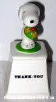Snoopy holding flower bouquet 'MOM' Ceramic Trophy