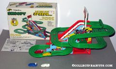 Snoopy Speedway - Battery Operated