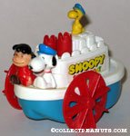 Snoopy, Charlie Brown and Woodstock on Showboat