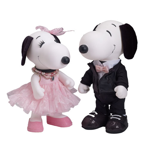 Fashion First Snoopy and Belle