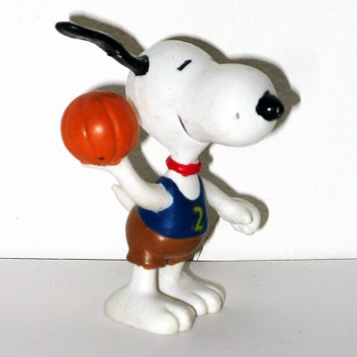 Basketball Snoopy PVC Figurine